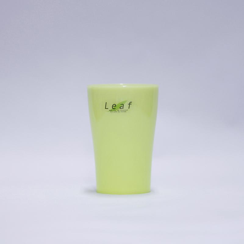Cốc nhựa Leaf màu xanh lá cây